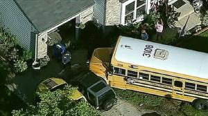 PGCPS school_bus_into_yard