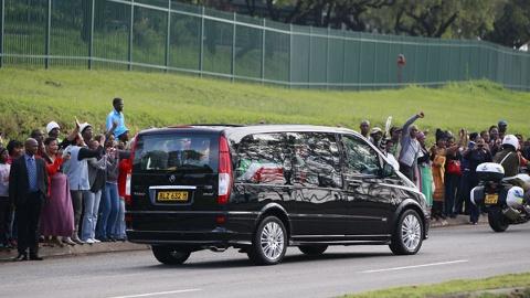 Mandela-funeral-procession-jpg