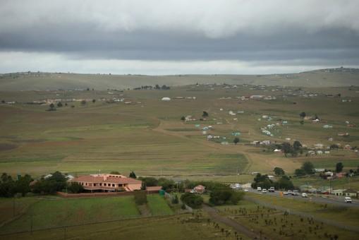 Mandela+Hometown+Qunu+Awaits+News+Condition+ZSGiuxatHdtl