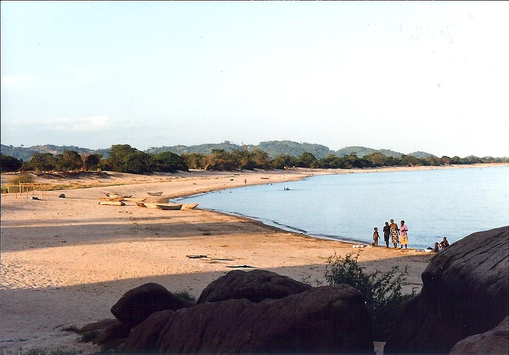 Mwaya_Beach,_Malawi