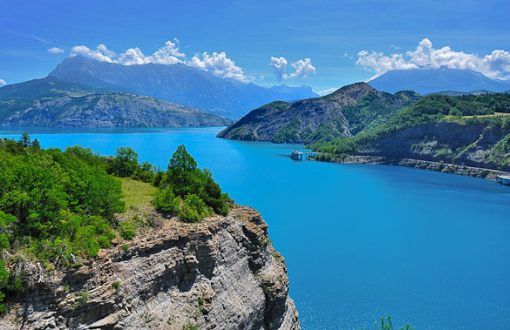 lake-serre-poncon-morgon-alps-south-france