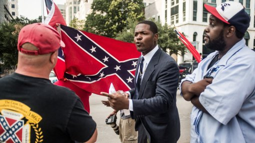 confed-flag-protest-sc_wide-7d78ce851c86213f6acb34faf86fe7725b658658-s800-c85
