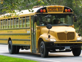 635834371769287254-school-bus-generic_6892_ver1-0
