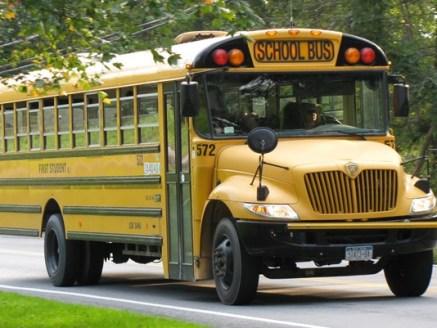 635834371769287254-school-bus-generic_6892_ver1-0